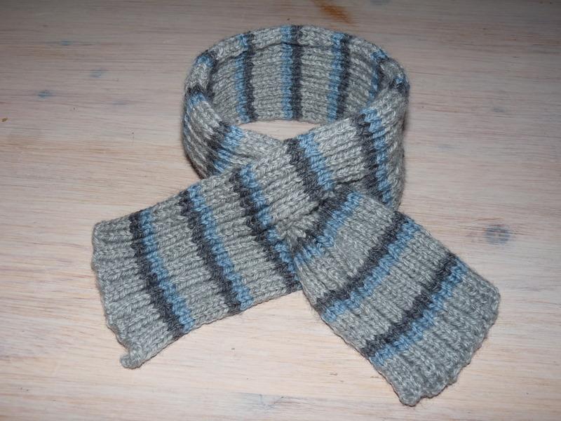 tricoter une echarpe avec un trou