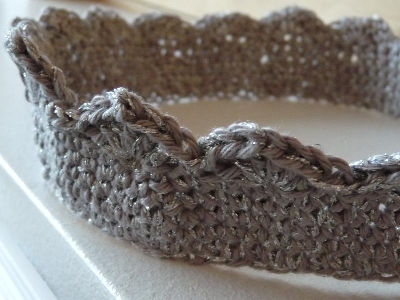 Notrunivers Une Couronne Au Crochet Pour Mini Reine